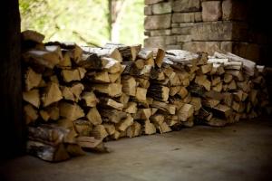 firewood-349964_1280